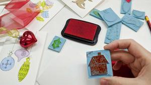 Cursillo de sellos navideños en Taller Balam.