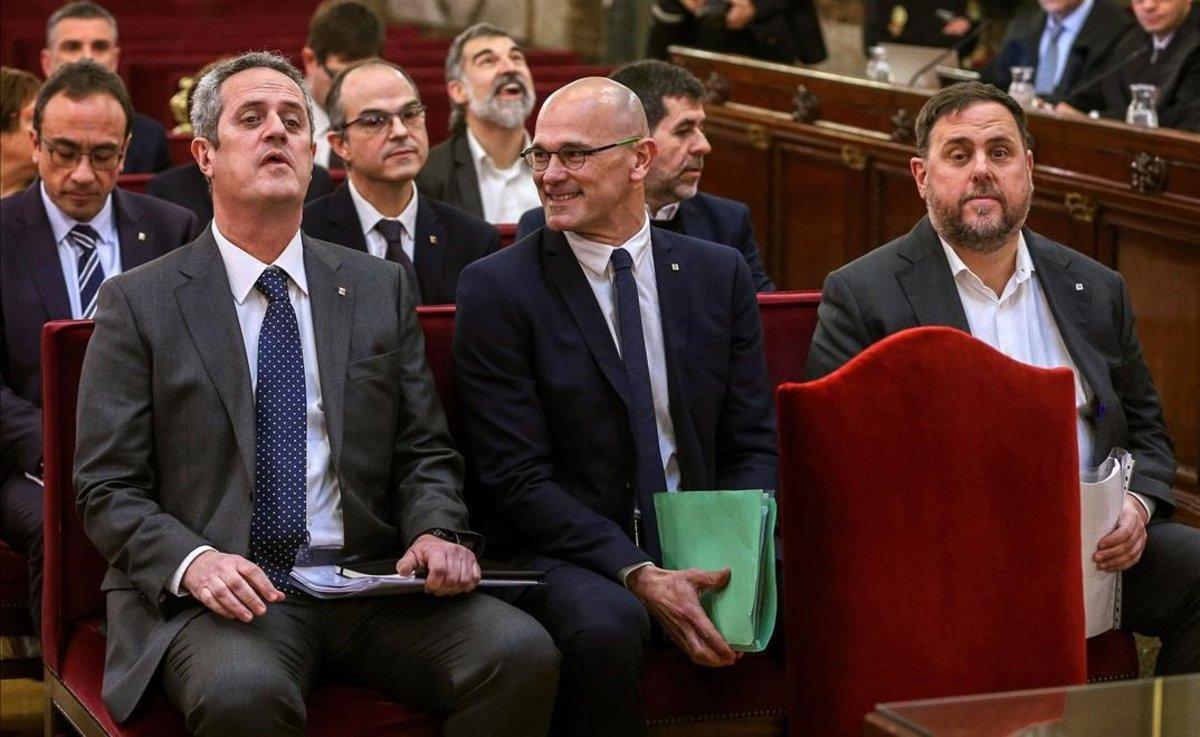 Joaquim Forn, Raül Romeva y Oriol Junqueras, en el banquillo del juicio del 'procés'.