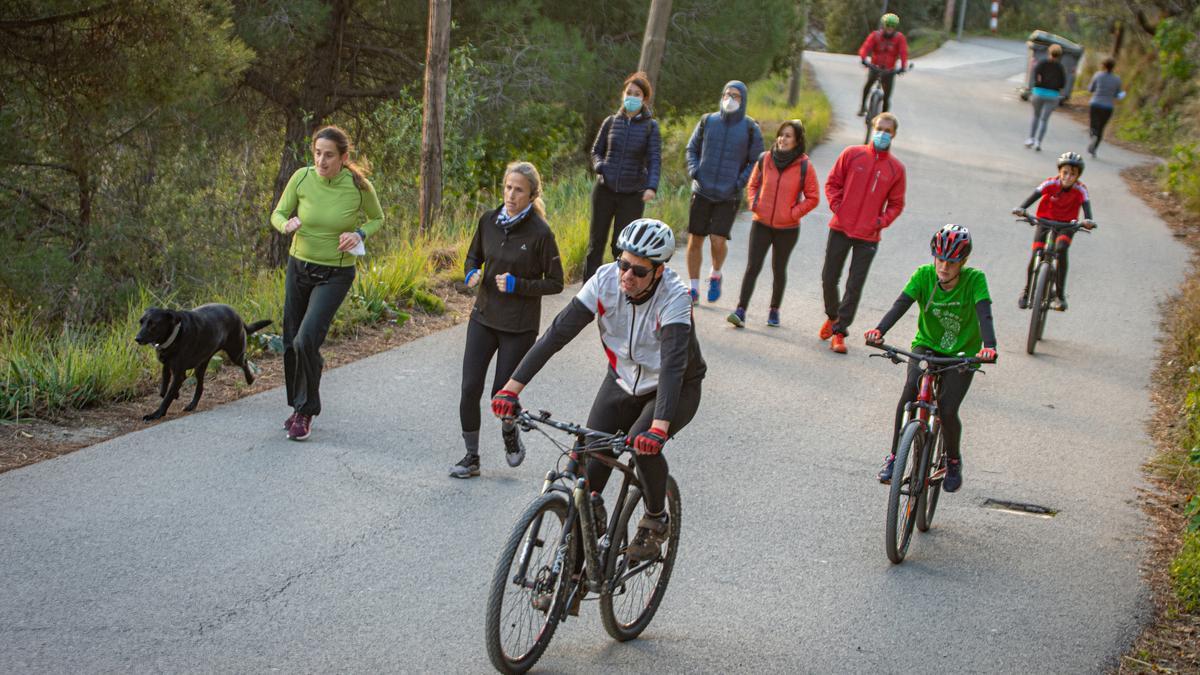 Llenazo en el kilómetro 3'5 de la carretera de las Aigües, a la altura del funicular de Vallvidrera