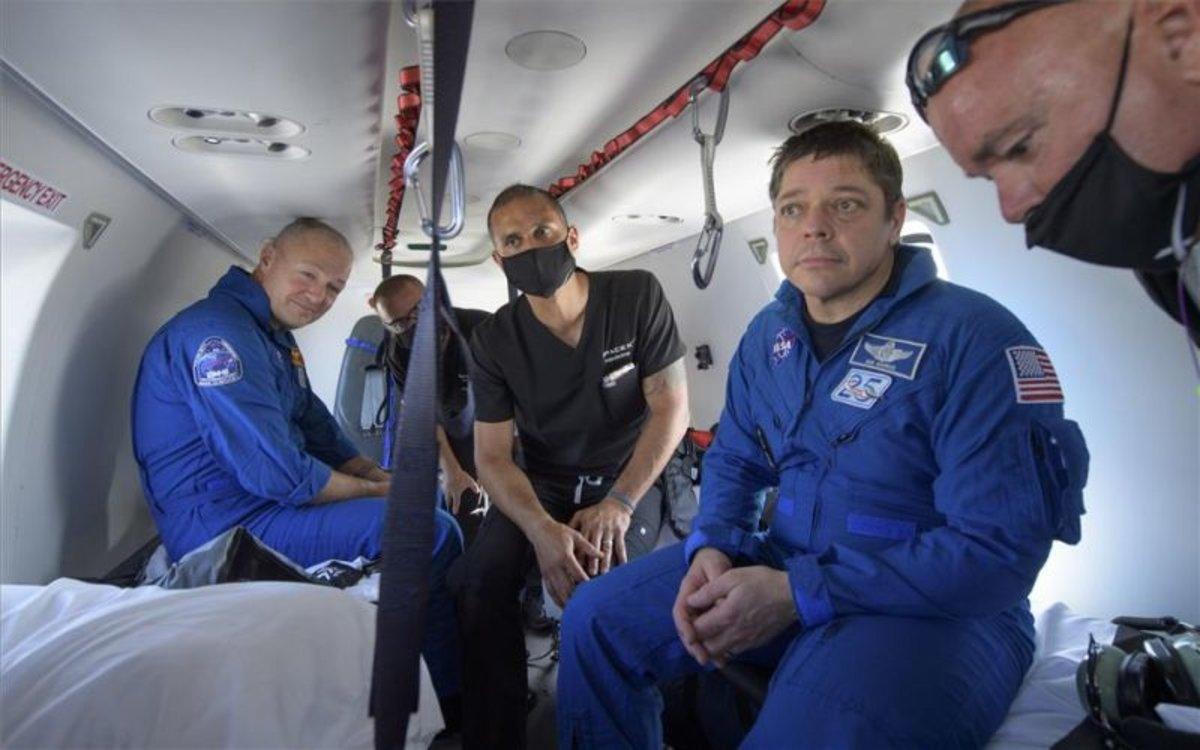 Los astronautas de la NASA,Robert Behnken y Douglas Hurley.