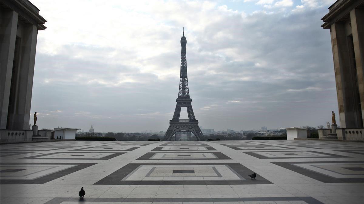 Imagen de la plaza de Trocadero, frente a la torre Eiffel, este miércoles en París.
