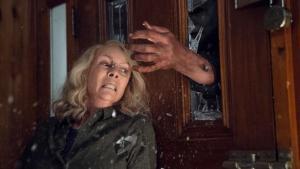 Laurie Strode contra Michael Myers en 'La noche de Halloween'.