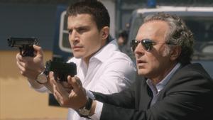 Álex González y Jose Coronado, en el último episodio de 'El Príncipe'.