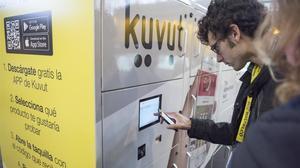 Taquillas de Kuvut para probar productos en la feria Alimentaria.