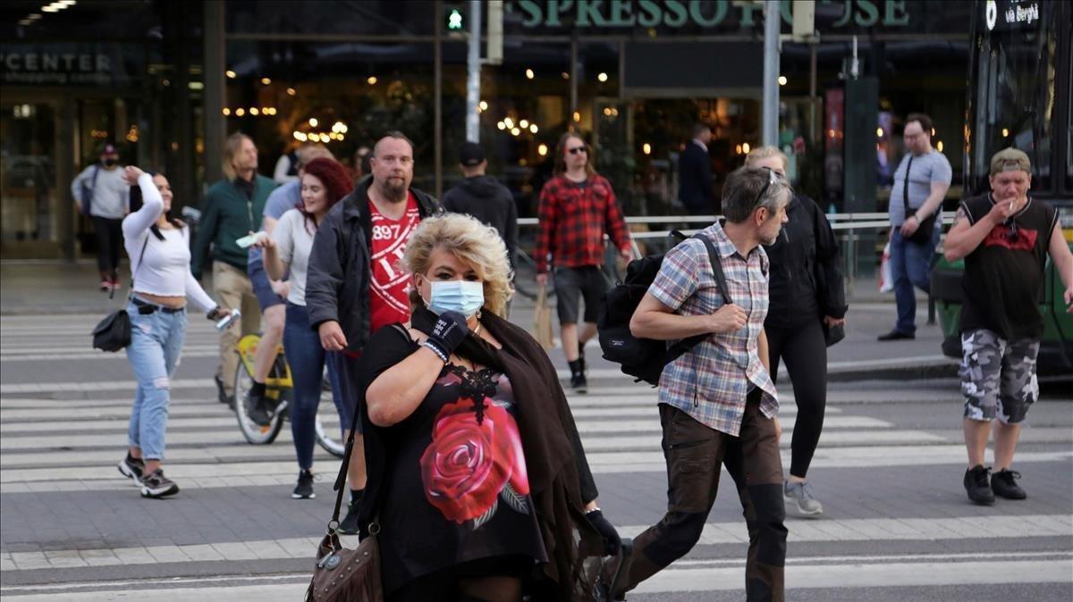 Los países nórdicos ya se ponen la mascarilla