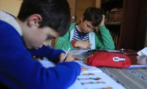 Las familias impulsan el primer boicot a los deberes escolares