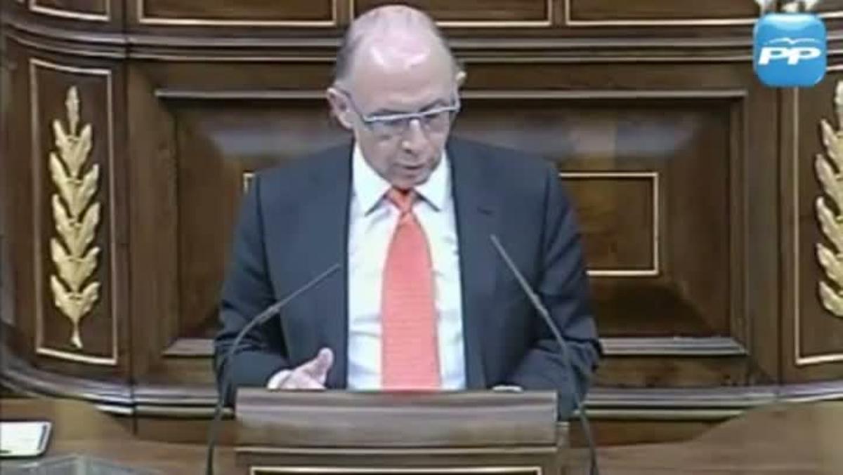 Montoro defendió en el Congreso una moción contra el mantenimiento de la subida del IVA por parte del Gobierno de Zapatero.
