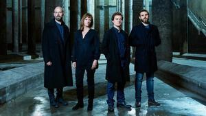 Eduard Farelo, Rosa Renom, Pol López y Pau Carrió, en una imagen promocional del 'Hamlet', de Shakespeare, que se estrenará en el Lliure de Gràcia en marzo.