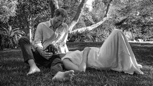 Imagen que han compartido los duques de Sussex para anunciar su segunda paternidad.