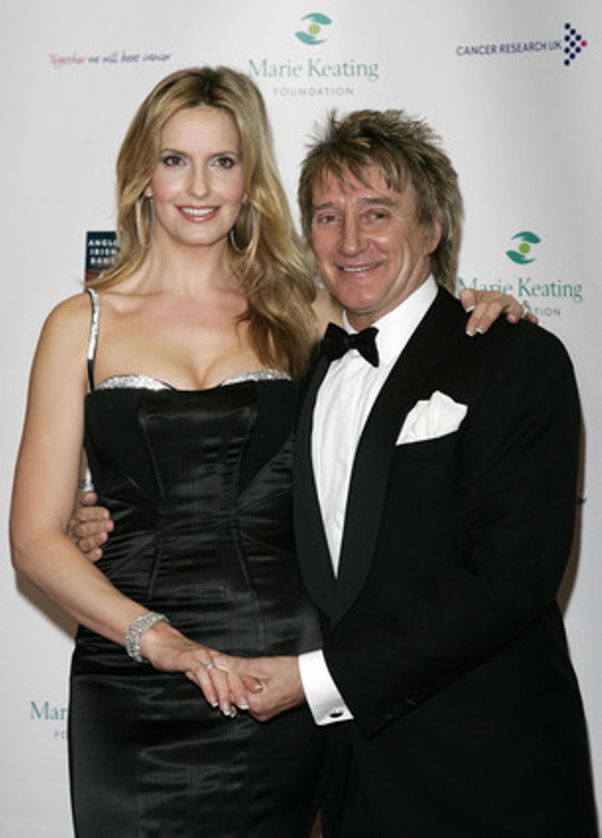 Rod Stewart y su esposa Penny Lancaster.