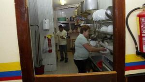 Un restaurante en Hospitalet del Llobregat regentado por ecuatorianos.