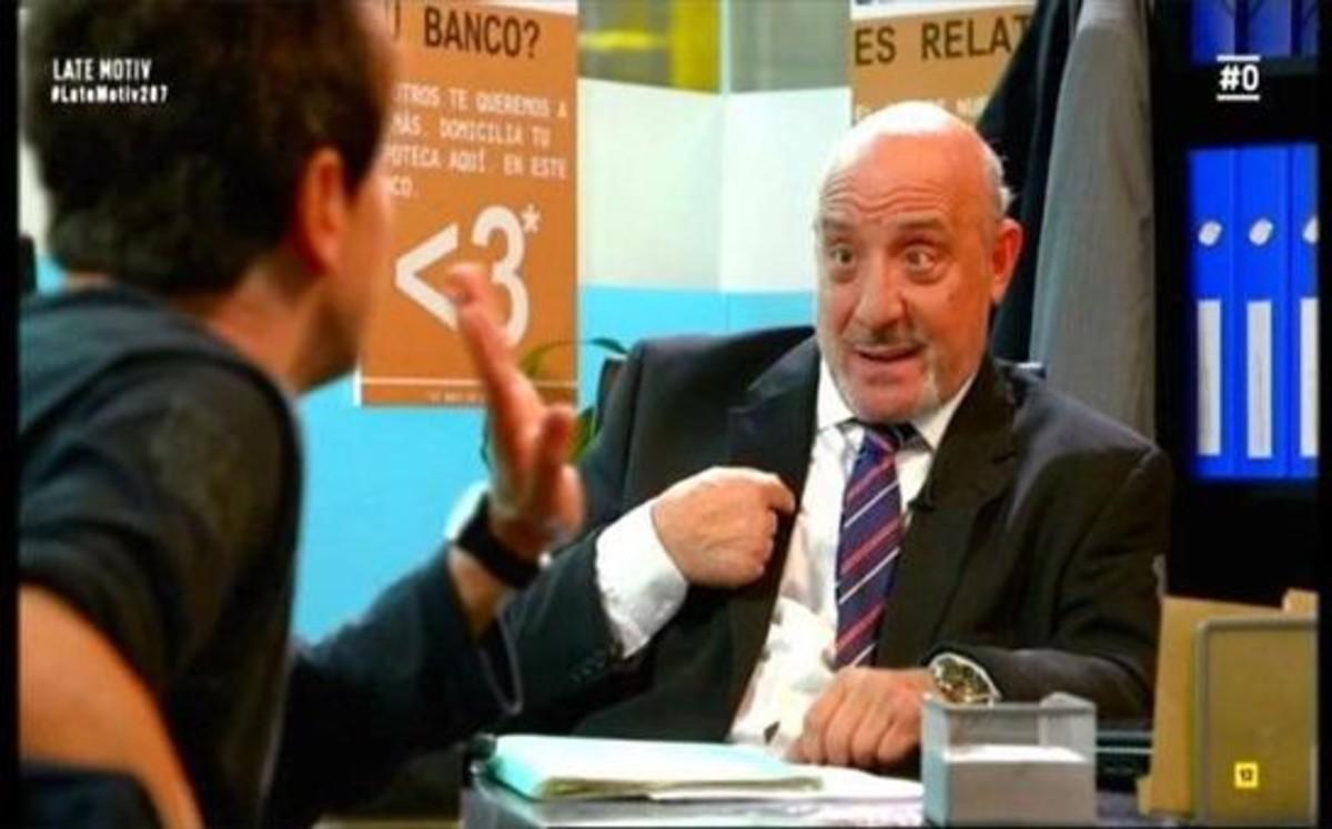 El hermano del Dioni, director de banco.