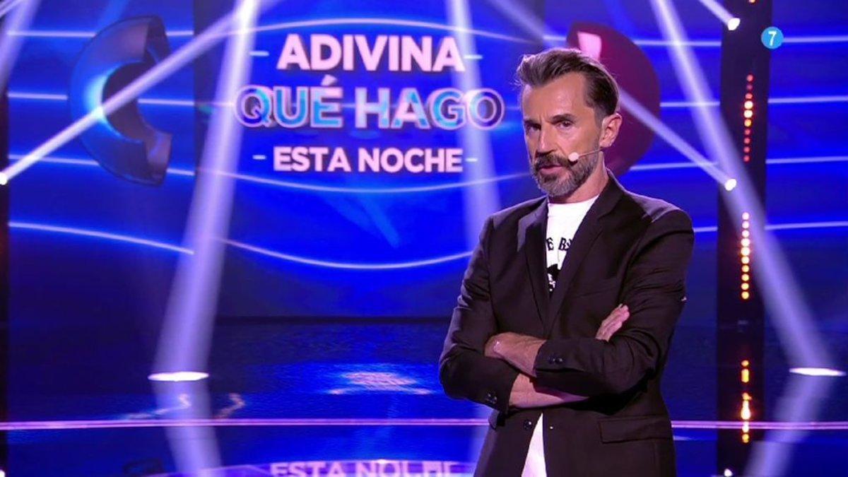 Santi Millán en el plató de 'Adivina qué vengo hacer esta noche'.