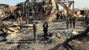 Una base militar en Irak bombardeada.