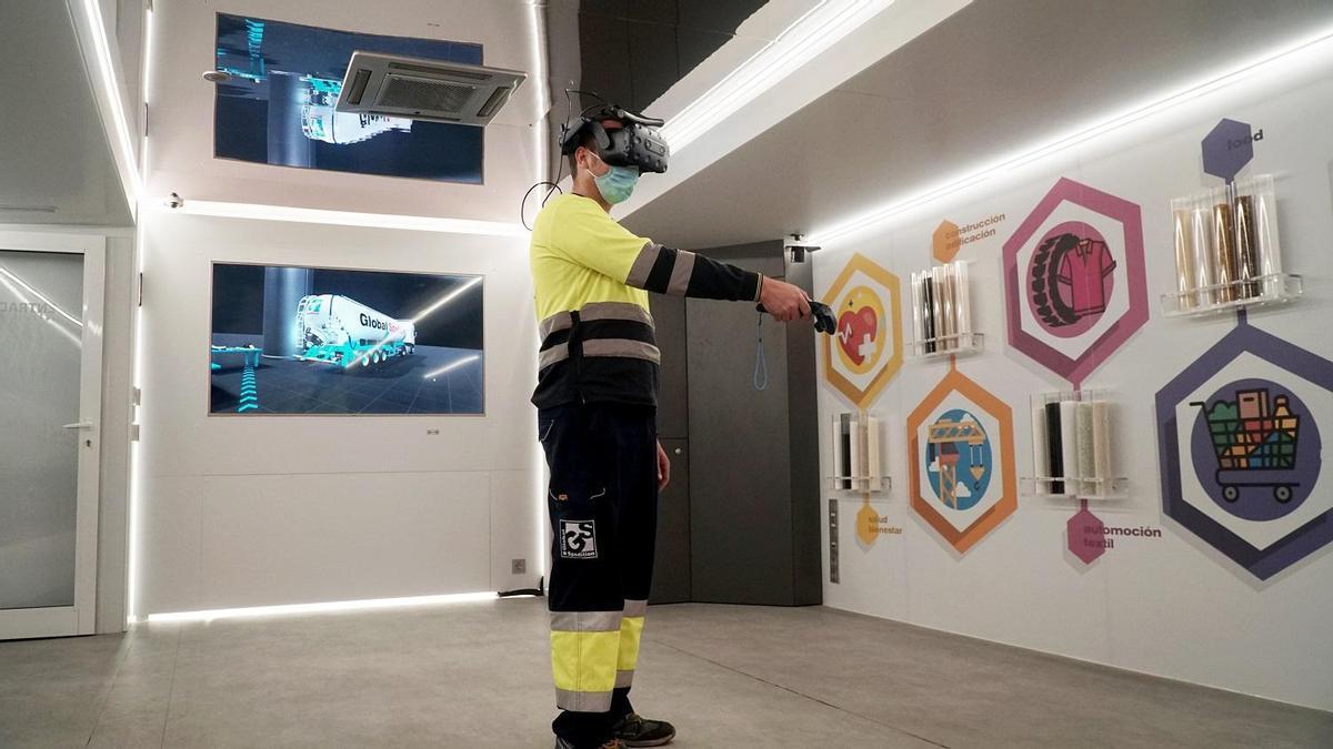 Transportista formándose con realidad virtual