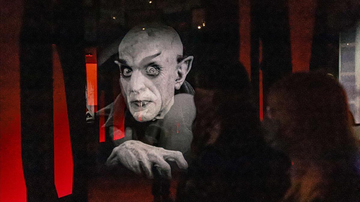 Exposicion 'Vampiros' en Caixaforum.