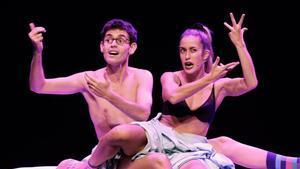 El Goya recupera 'Pegados', un musical gamberro i desinhibit