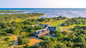 Els Obama ultimen la compra d'una casa a Martha's Vineyard
