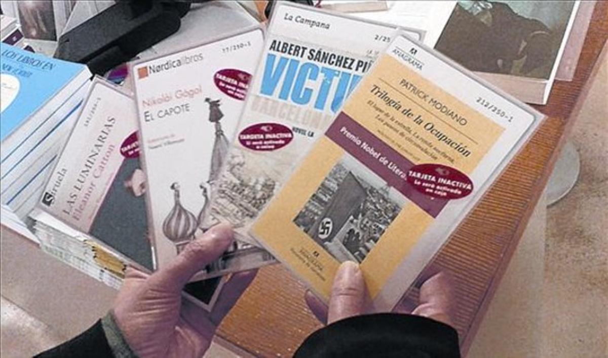 Ejemplares de Seebooks, en la librería Laie.