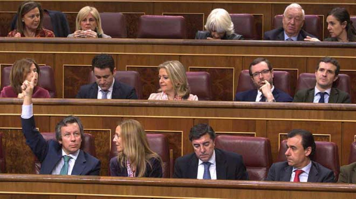 La propuesta ha contado con el apoyo de los 316 diputados presentes en el pleno.