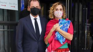 Ágatha Ruiz de la Prada y Luis Gasset. a su llegada al Teatro Real.