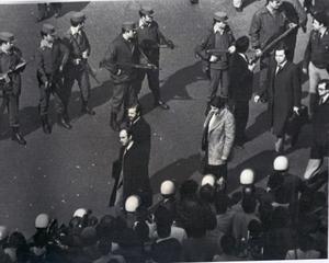 Los diputados salen del Congreso tras el fracaso del 23-F