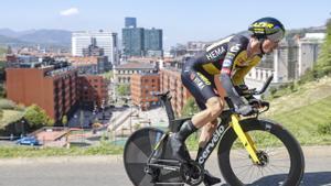 Primoz Roglic, camino de la victoria, en Bilbao.