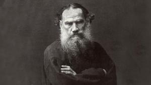 El escritor ruso Lev Tolstói, fotografía de 1885.