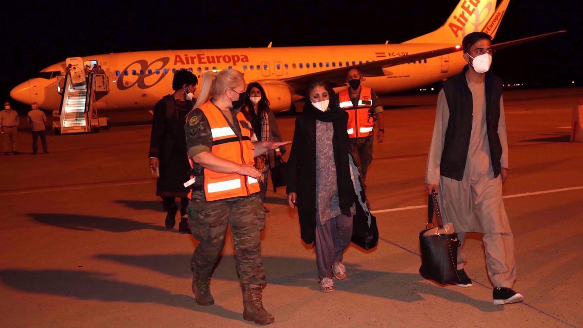 Llega el tercer avión español con 110 evacuados de Afganistán.