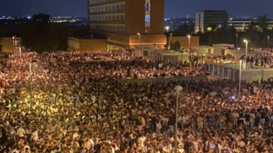 La fiesta nocturna regresa a España, y los botellones continúan