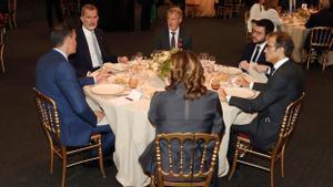 Sánchez, Aragonès i el Rei uneixen forces «per una recuperació forta»