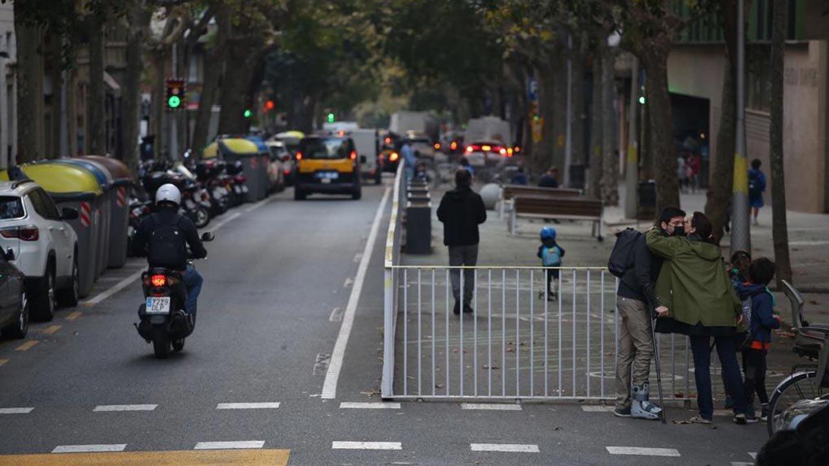 Escuela Univers, en Gràcia, cuyo entorno ya ha sido pacificado.