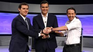 Albert Rivera, Pedro Sánchez y Pablo Iglesias en el debate organizado por El País