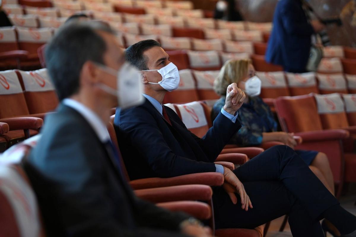 El presidente del Gobierno, Pedro Sánchez, durante su visita al Consejo Superior de Investigaciones Científicas (CSIC), el pasado 6 de noviembre en Madrid.