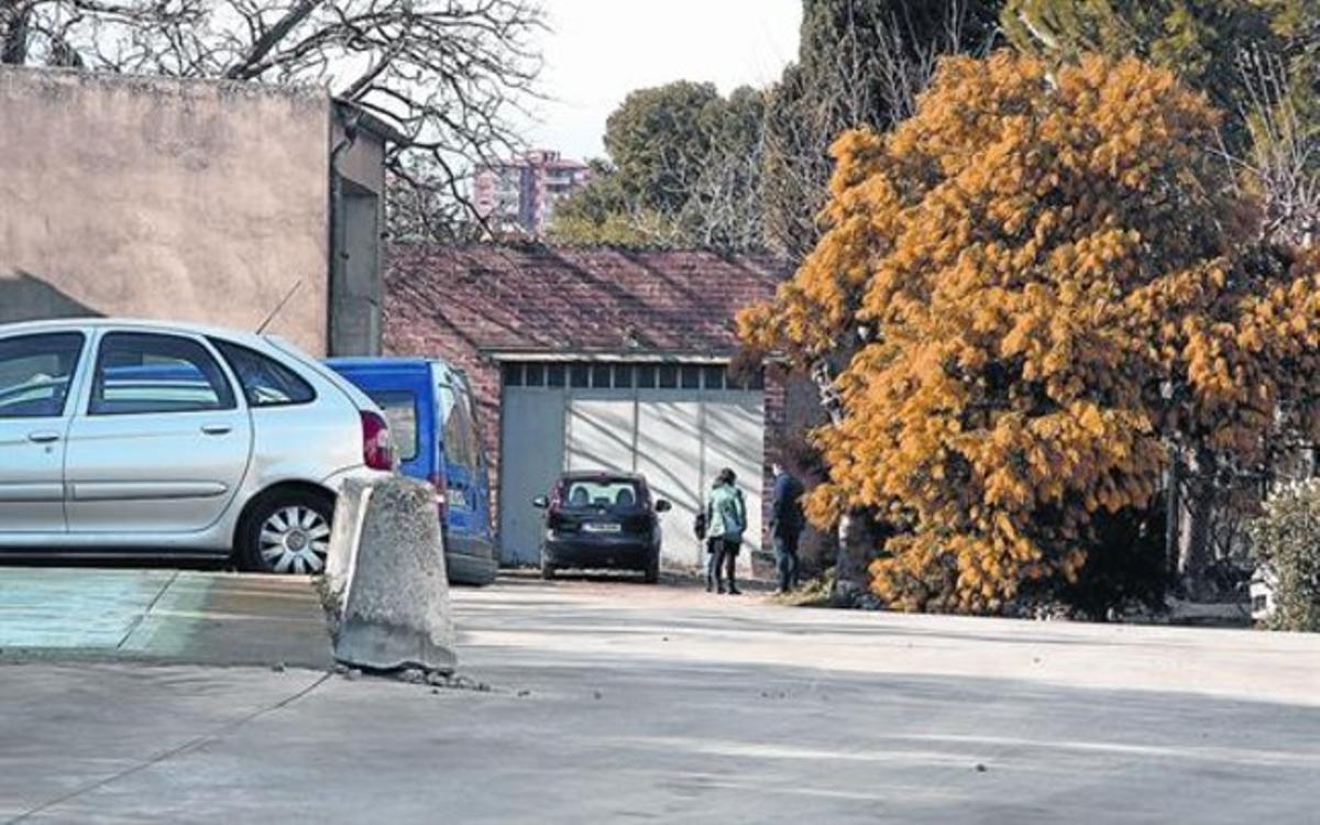 La casa en la que fue apaleada de muerte la anciana, en Cabanes, en febrero del 2014.