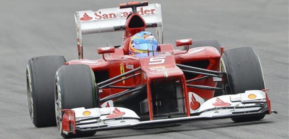 Alonso, en los primeros entrenamientos del GP de Alemania.