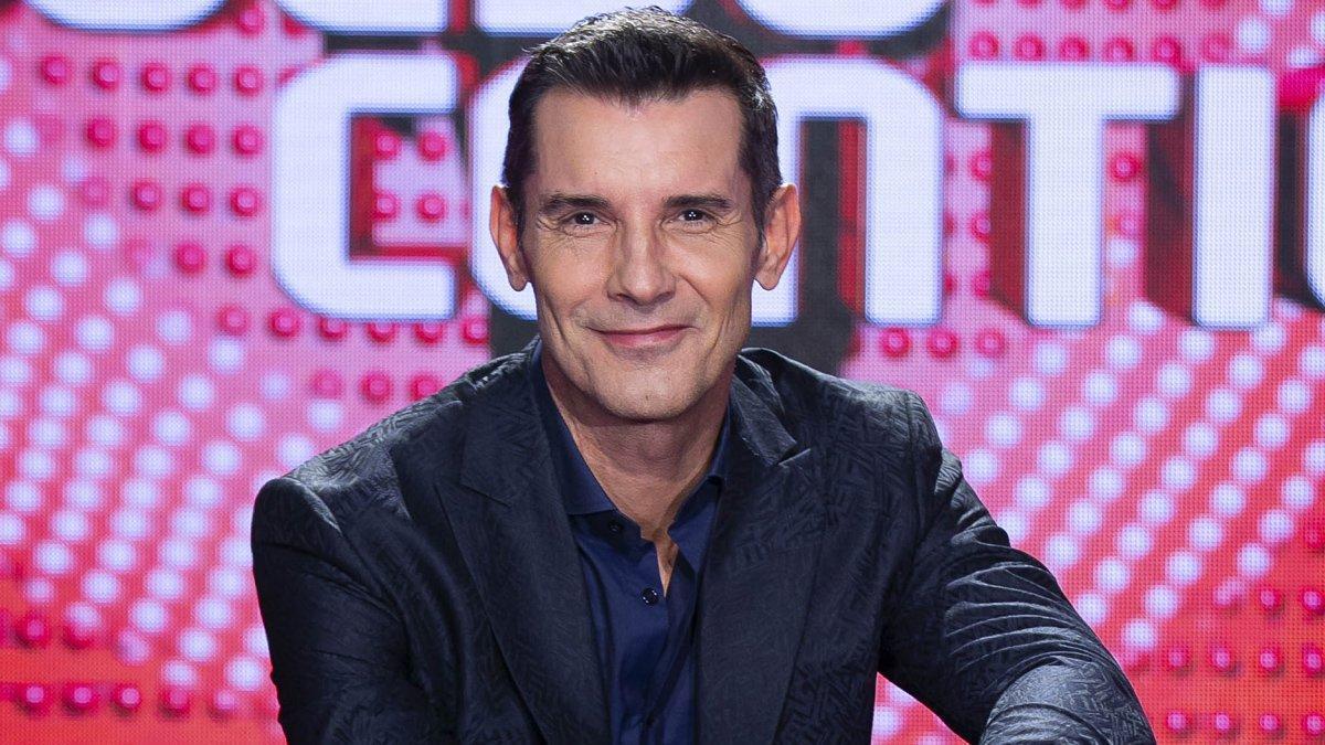 Jesús Vázquez regresa esta noche a Telecinco con el dating show 'Me quedo contigo'