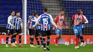 De Tomás, Embarba, Pedrosa y Melendo celebran el 1-0.