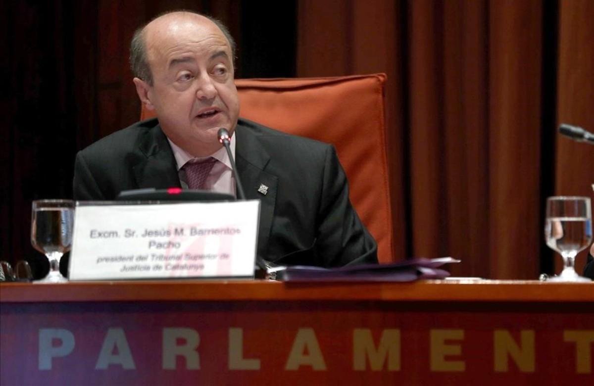 El presidente del TSJC, Jesús María Barrientos, en el Parlament a finales de octubre.