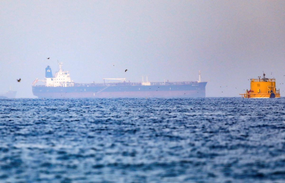 El buque 'Mercer Street', el petrolero que fue atacado la semana pasada frente a la costas de Omán.