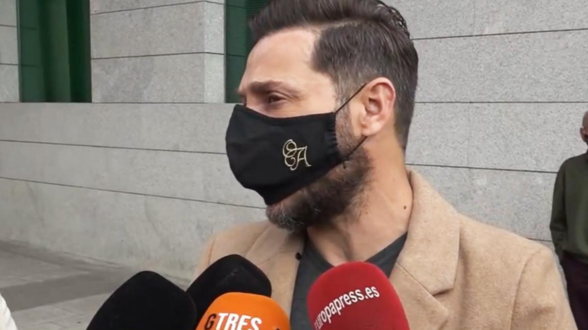 Antonio David adverteix Rocío Carrasco: «Tinc material de sobres per desmuntar el que explica»