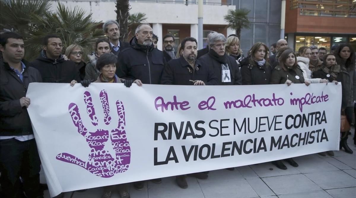 Concentración contra la violencia machista en Rivas Vaciamadrid, donde se produjo el primer crimen machista del año.