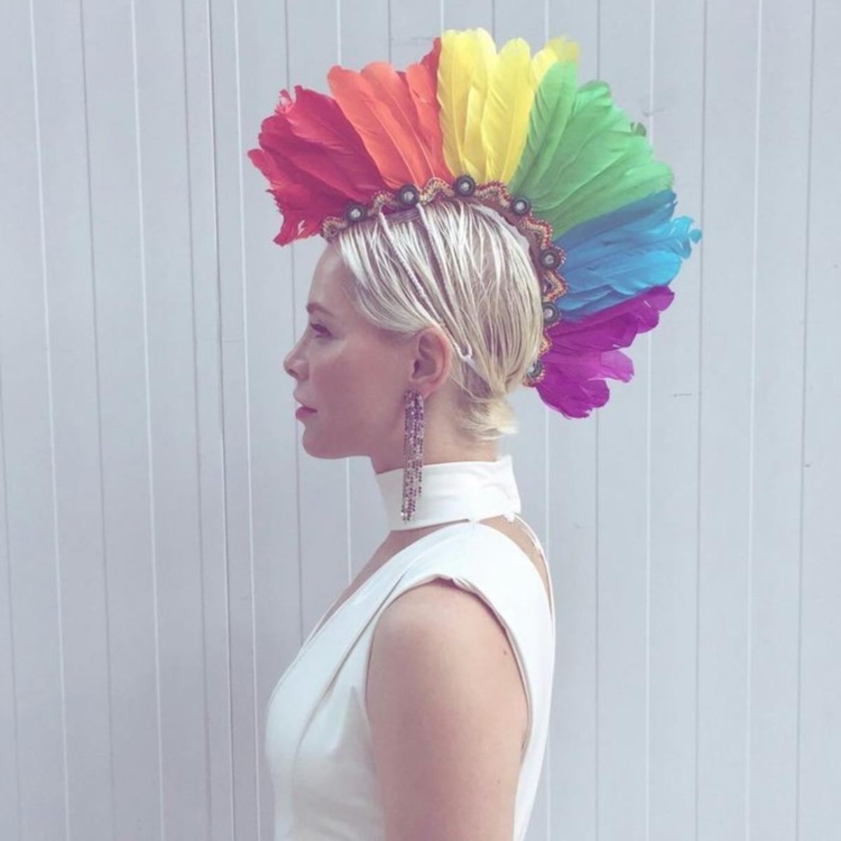 La cantante Soraya, con la corona de plumas que lució en la World Pride 2017.