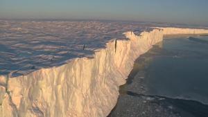 Un iceberg cinco veces el tamaño de Malta se desprende de la Antártida.