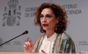 La ministra de Hacienda, María Jesús Montero, durante la presentación de las proyecciones de déficit.