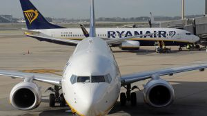 Ryanair commercial passenger jets are seen at Barcelona El-Prat Airport in Barcelona  Spain  October 10  2017  Picture taken October 10  2017     REUTERS Eric Gaillard