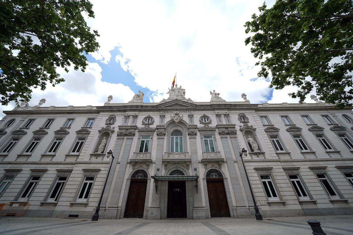 Fachada del edificio del Tribunal Supremo.