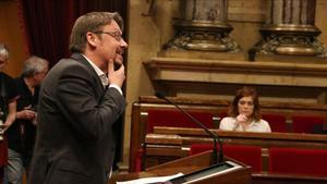 """Domènech creu que Torra """"inhabilita"""" àmplies aliances a Catalunya"""