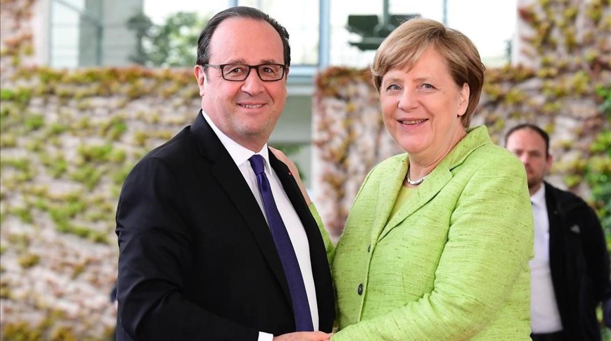 Merkel y Hollande este lunes en Berlín.