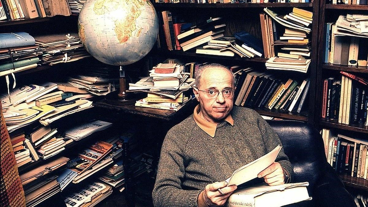 El escritor polaco de ciencia ficción Stanislaw Lem.